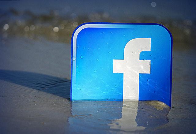Facebookの誕生